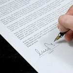 Подписване на договор с клиент